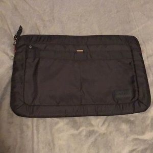 Lap top bag! In perfect condition!